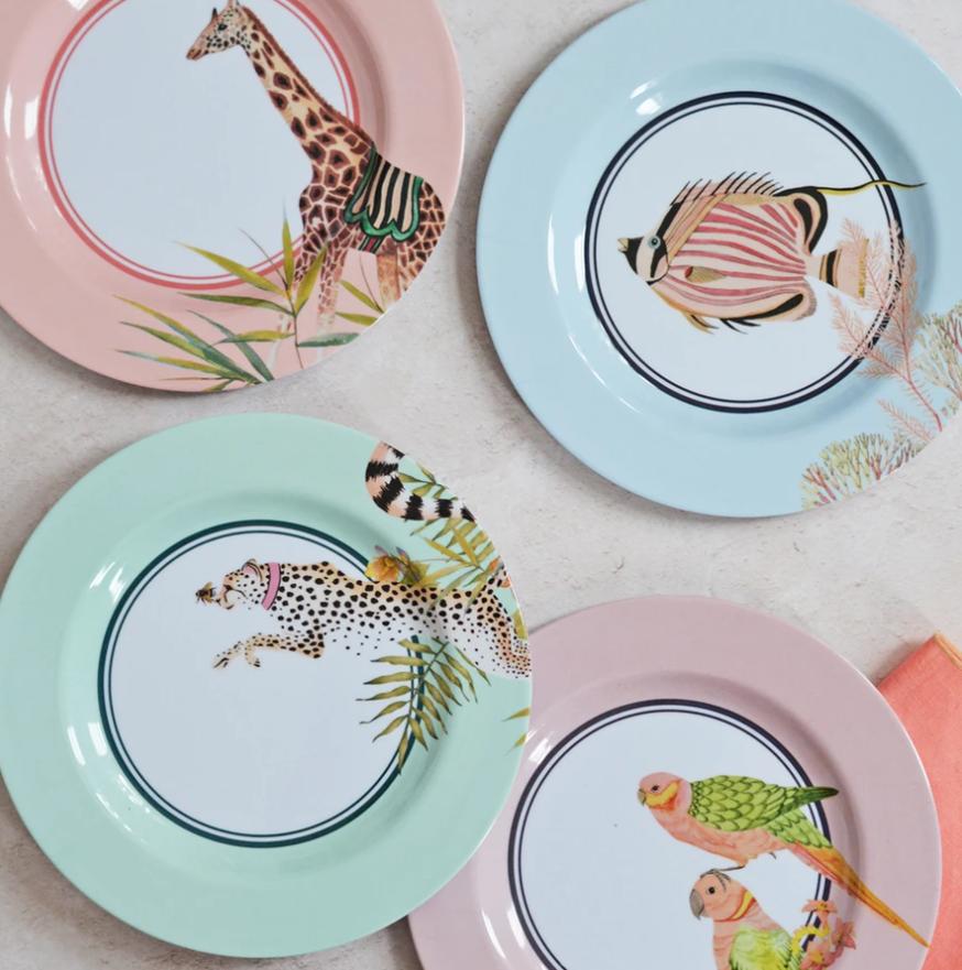 set-of-4-plates